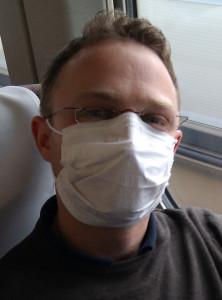 Im Raucherabteil trage sogar ich eine Gesichtsmaske