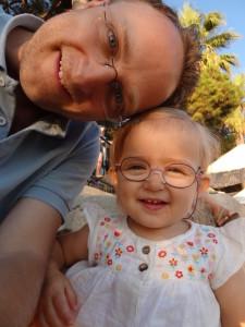 Mathias mit Laura Maria in der Türkei