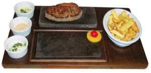 Fleisch auf dem heissen Stein serviert!!